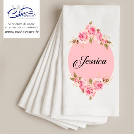 Serviettes de table personnalisées mariage fleurs roses