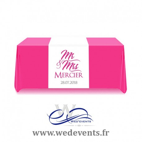Chemin de table personnalisé Mr & Mrs