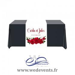 Chemin de table personnalisé Roses Rouges