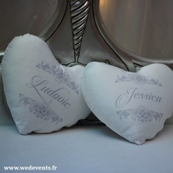 Coussin personnalisé coeur prénoms idée cadeau couple gris (lot de 2)