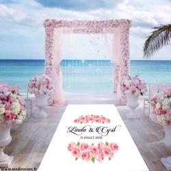 Tapis de mariage personnalisé prénoms fleurs roses